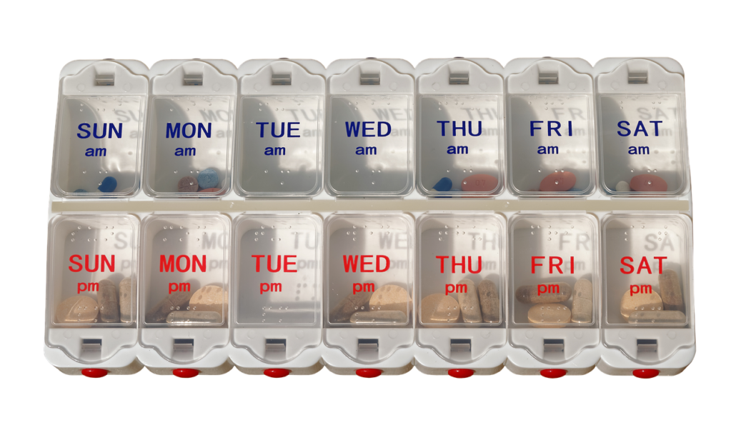 pill case by week pixabay 1_19_2018